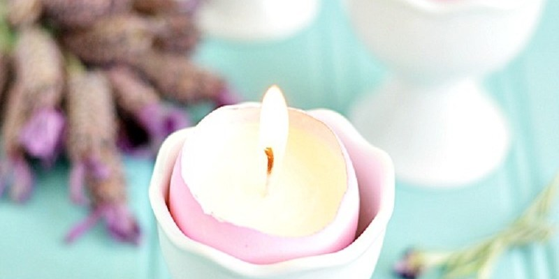 DIY Eggshell Candle With Lavender Fragrant With Calming Sensation For This Easter Decoration
