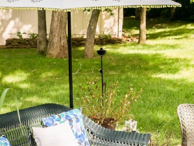 Diy outdoor umbrella ideas for more comfort backyard that everyone will love