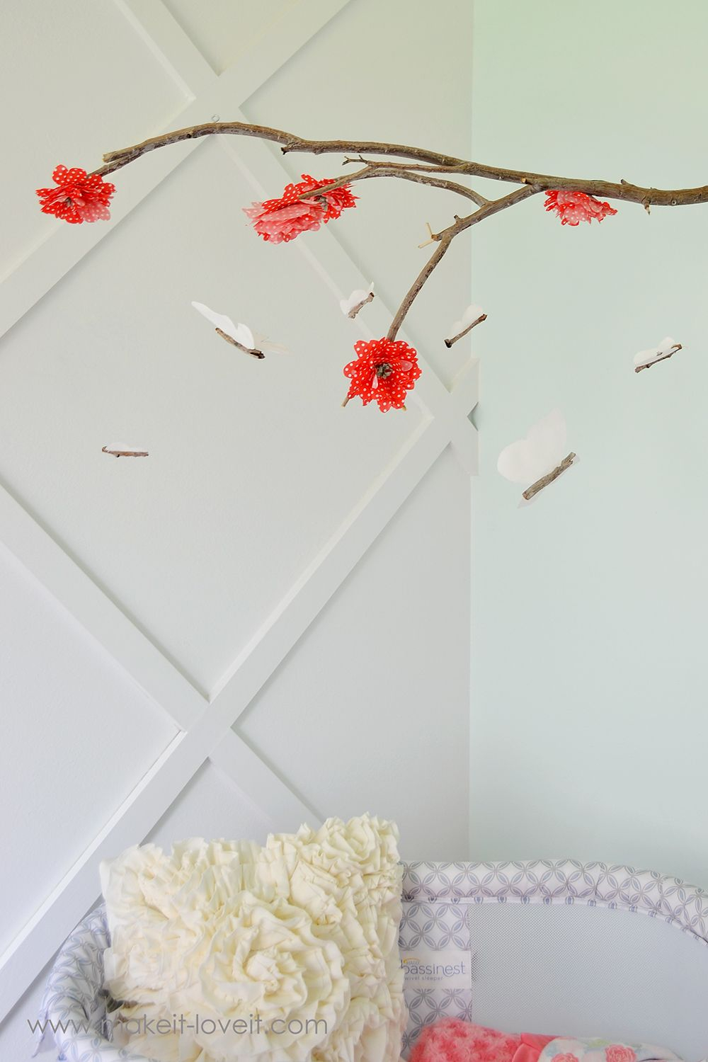 Butterflies and flowers mobile DIY Wonderful Baby Mobile Ideas That Sweet For Any Nursery Style