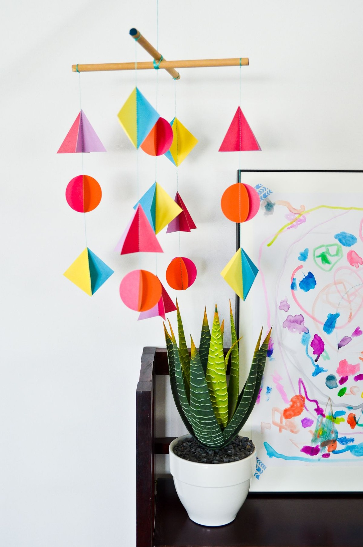 Geometric paper mobile DIY Wonderful Baby Mobile Ideas That Sweet For Any Nursery Style