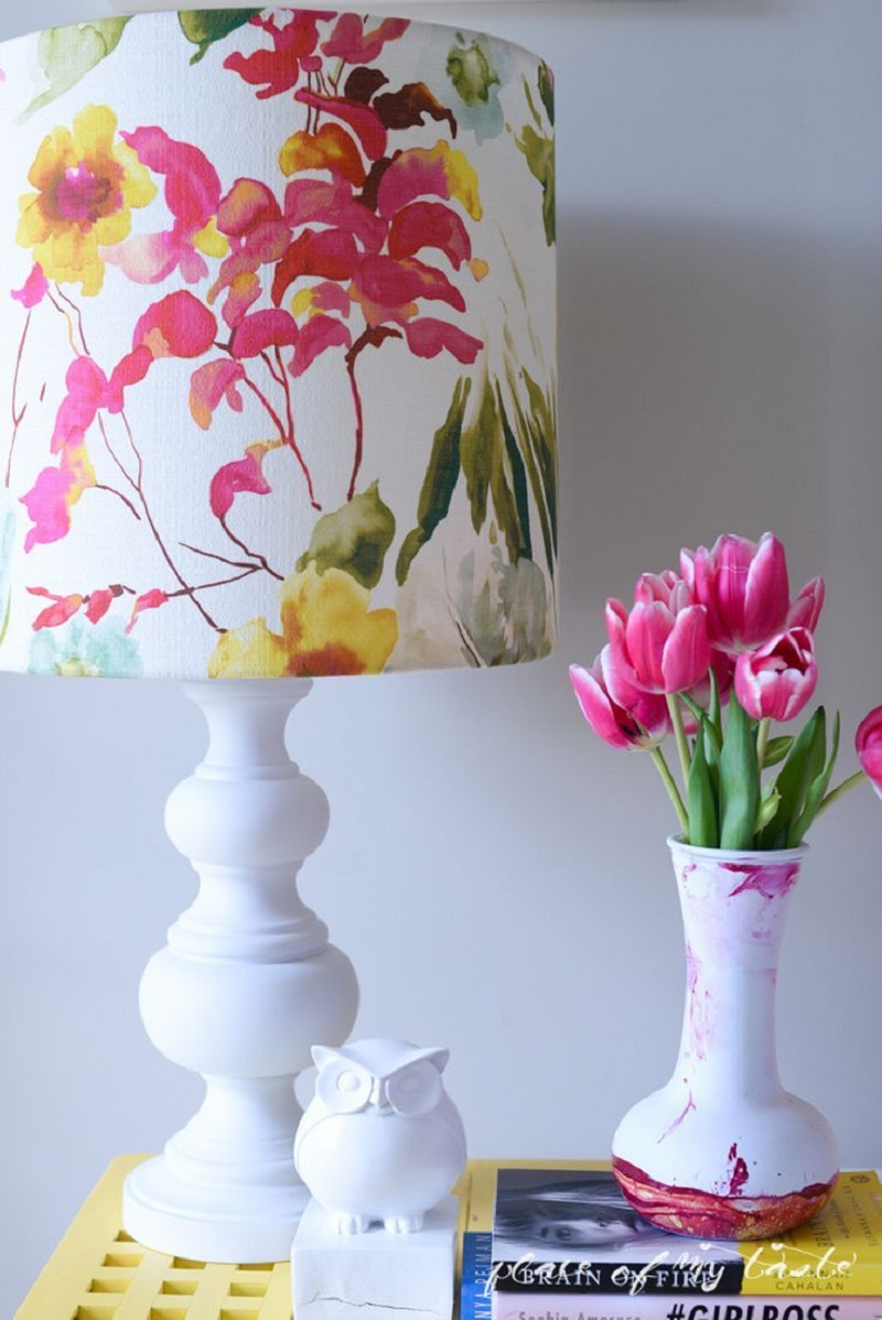 Incorporate bold loral fabrics Extra Appealing DIY Lampshades To Brighten Up Your Room Every Day