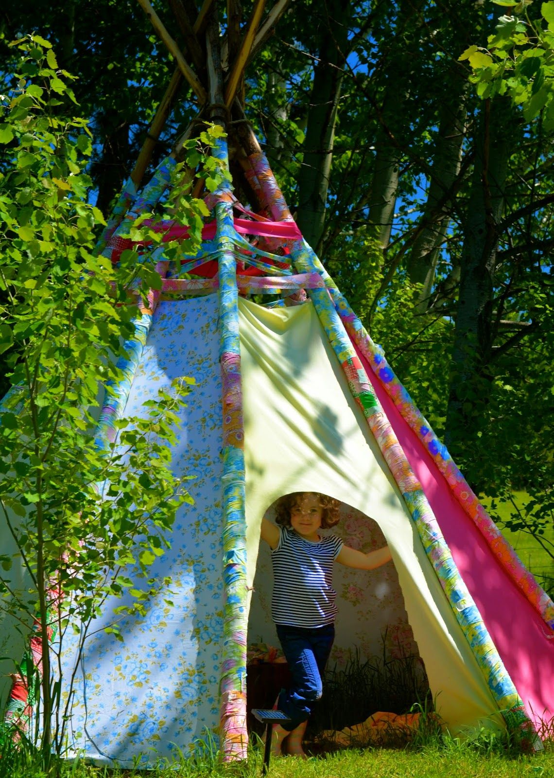 Scrap fabric teepee DIY Wild Teepee Ideas That You And Your Kids Feel So Funny To Stay