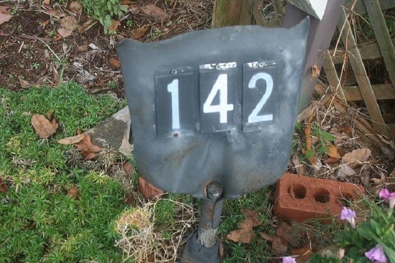 Address marker from old shovel