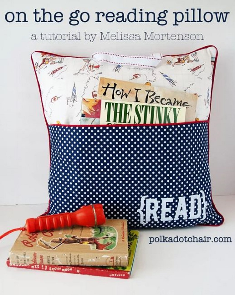 Throw pillow with pocket