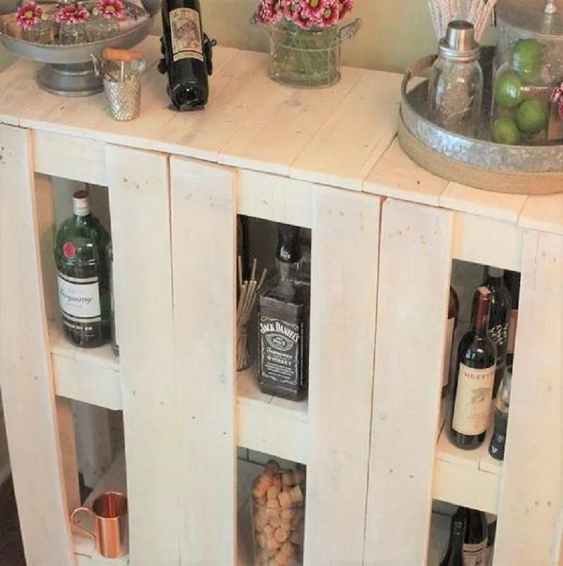 Wine storage wooden bar