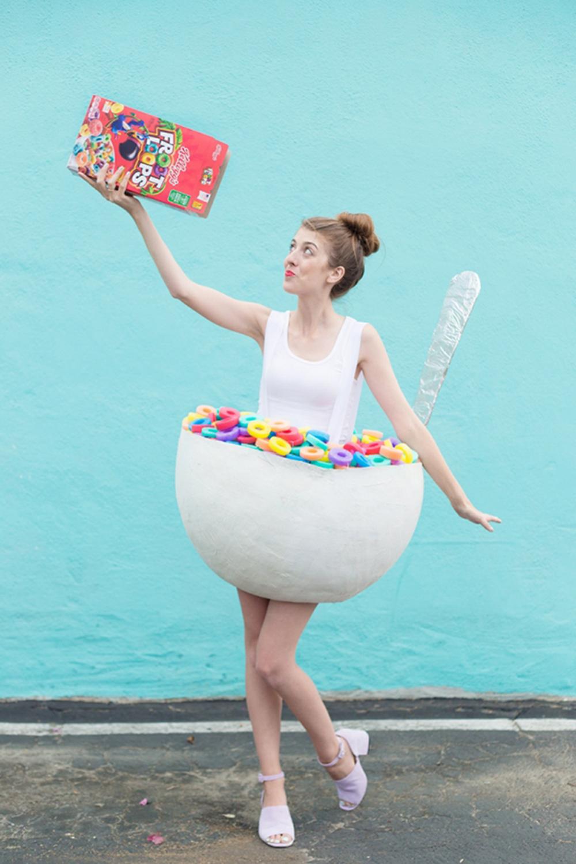 Diy cereal bowl costume DIY Tantalizing Food Costume Ideas To Have Tempting Halloween Celebration