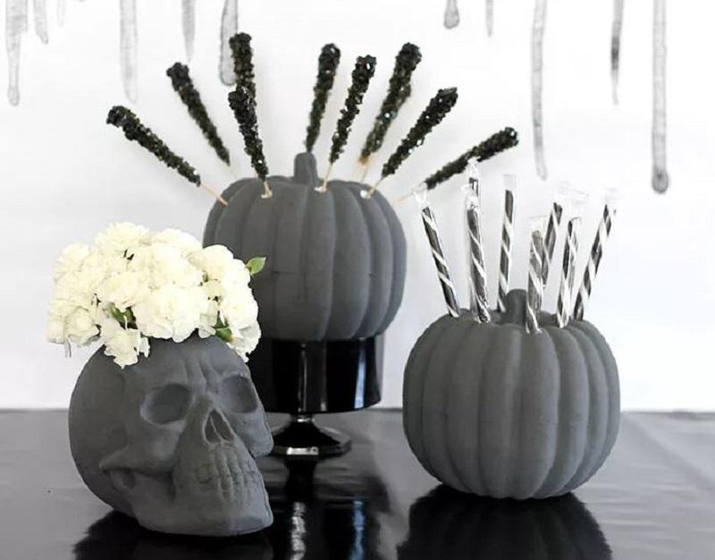 Diy skull vase flower