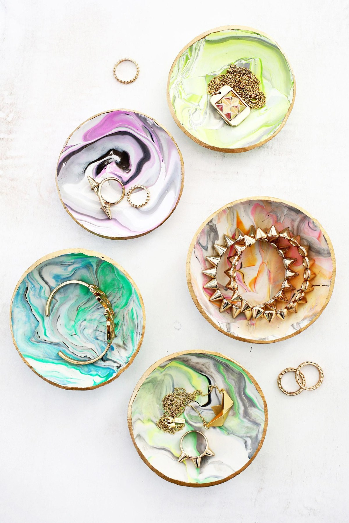 Marbled clay ring dish Unforgettable DIY Gift Ideas You Can Create For Someone Close To You