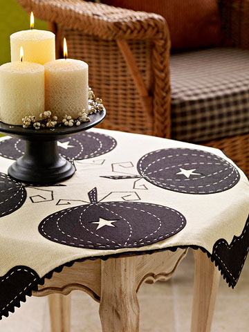 Pretty pumpkin tablecloth DIY Tablecloths Ideas For Fall, Holiday And Any Day You Want