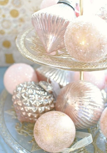 Diy pink and rose gold ornaments DIY Rose Gold Christmas Décor Projects To Bring Glam And Shine To Your Holidays
