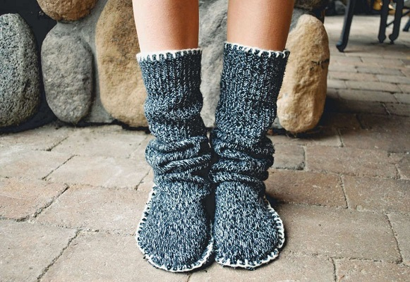 Diy slipper boots DIY Stylish Clothes And Accessories To Warm You Up This Winter