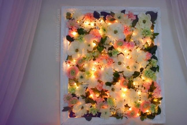 Light up floral frame DIY Beautiful Christmas Lights Decoration To Offer You Full Of Lights Life