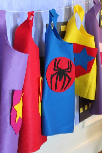 No sew superhero cape DIY Easy To Copy Christmas Gift Ideas For Your Kids That Also Affordable