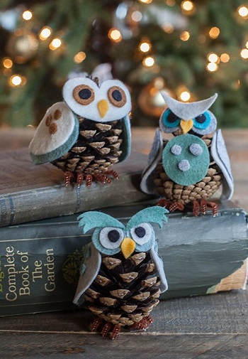 Pinecone owls DIY Festive Christmas Ornaments To Give You A Stunning Look In Every Home Corner