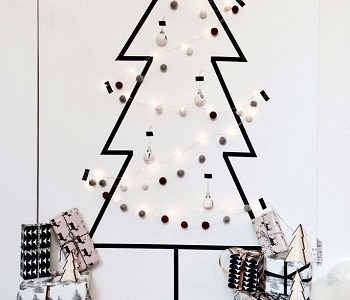 DIY Unexpectedly Black Christmas Tree Ideas For A Twist On Tradition