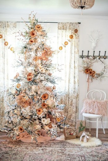 Pretty boho natural christmas tree