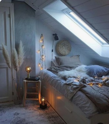 Small bedroom decoration for winter