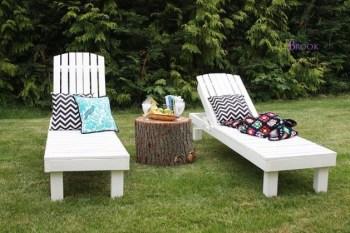 Chic garden loungers