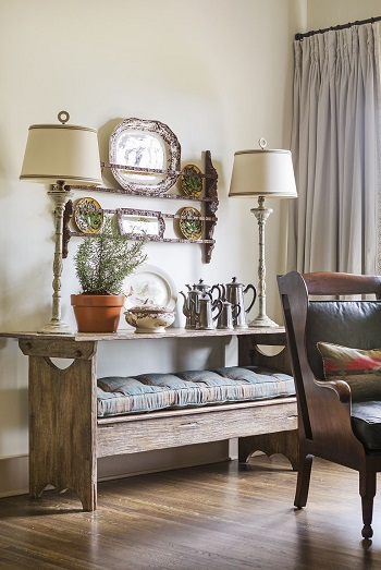 All about the antiques How To Display China Touch To Your Home Decoration For Beautiful Spaces