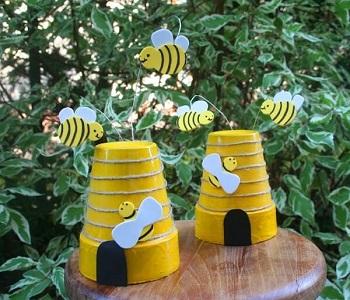 Diy bee hives DIY Ideas Of Full Spirit Artworks To Have Energetic Garden