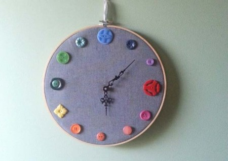 Diy sophisticated embroidery hoop clock