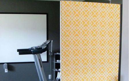 Free hanging room divider