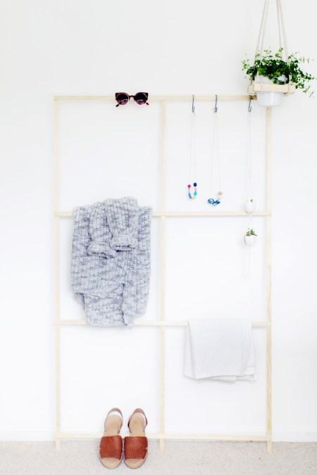 Trellis style clothes rack