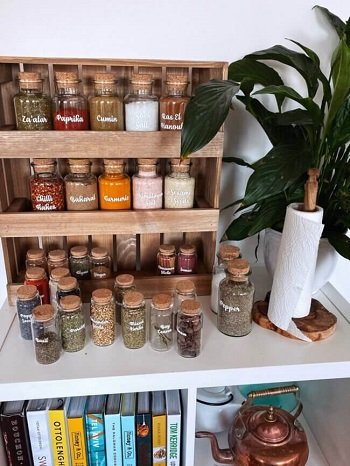 More Than Useful DIY Spice Rack Ideas For Your Kitchen Need