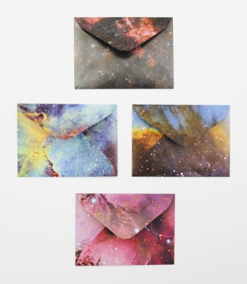 Cool envelope galaxy