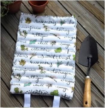 Diy garden kneeling pad