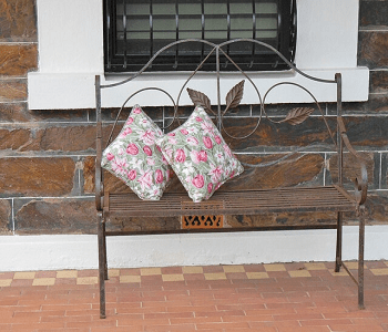 Old curtain cushions DIY Repurposed Old Curtain Ideas For Your Home Decoration