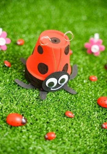 Cute DIY Upcycled Flower Pot Ladybug