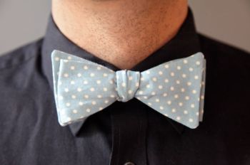 Handmade men's bow tie