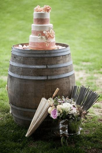 Outdoor wedding barrel DIY Compelling Ways To Use Wine Barrels For Decoration