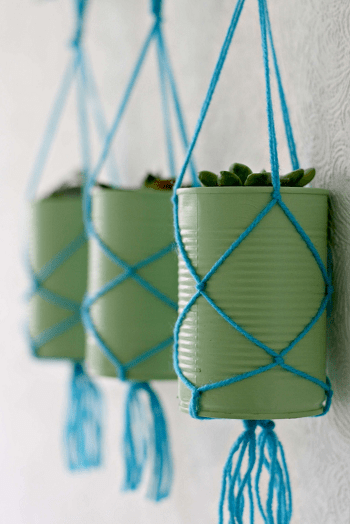 Springtime colorful rustic hanging planters Turn Trash To Treasure Projects From Tin Can That Also Appealing