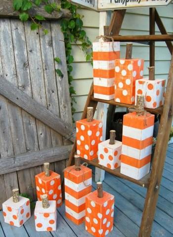 Wooden post pumpkins