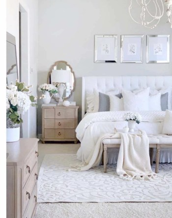 Simple and clean bedroom decor