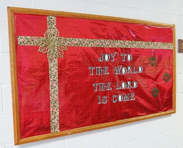 "Christmas Bulletin Board 5 - ""Joy to the World"""