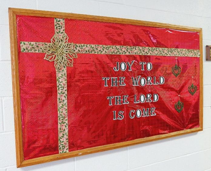 "Christmas Bulletin Board 5 - ""Joy to the World"""