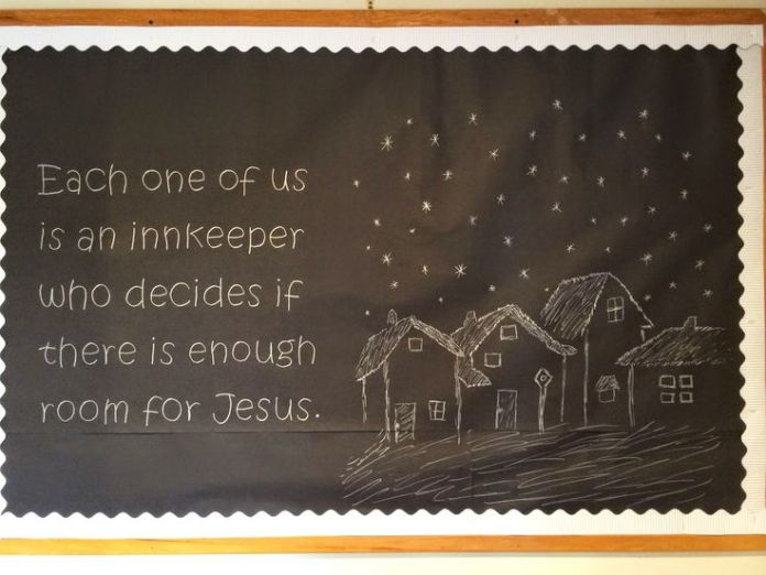 Christmas Bulletin Board 9 - Room at the Inn from http://www.columbianachurchofchrist.com/