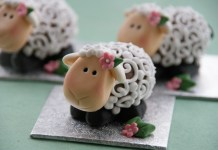 Easter Lambs by the Pink Whisk