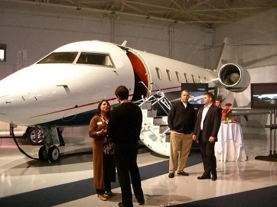 Rich People and Private Jets