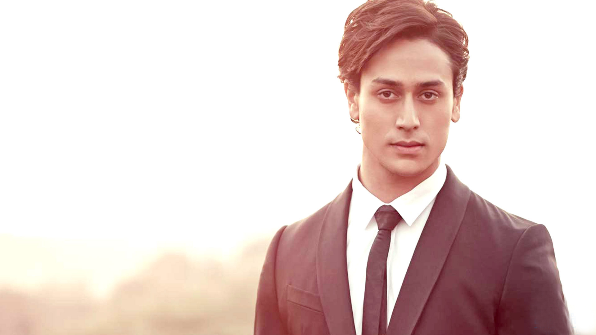 Photos of Tiger Shroff