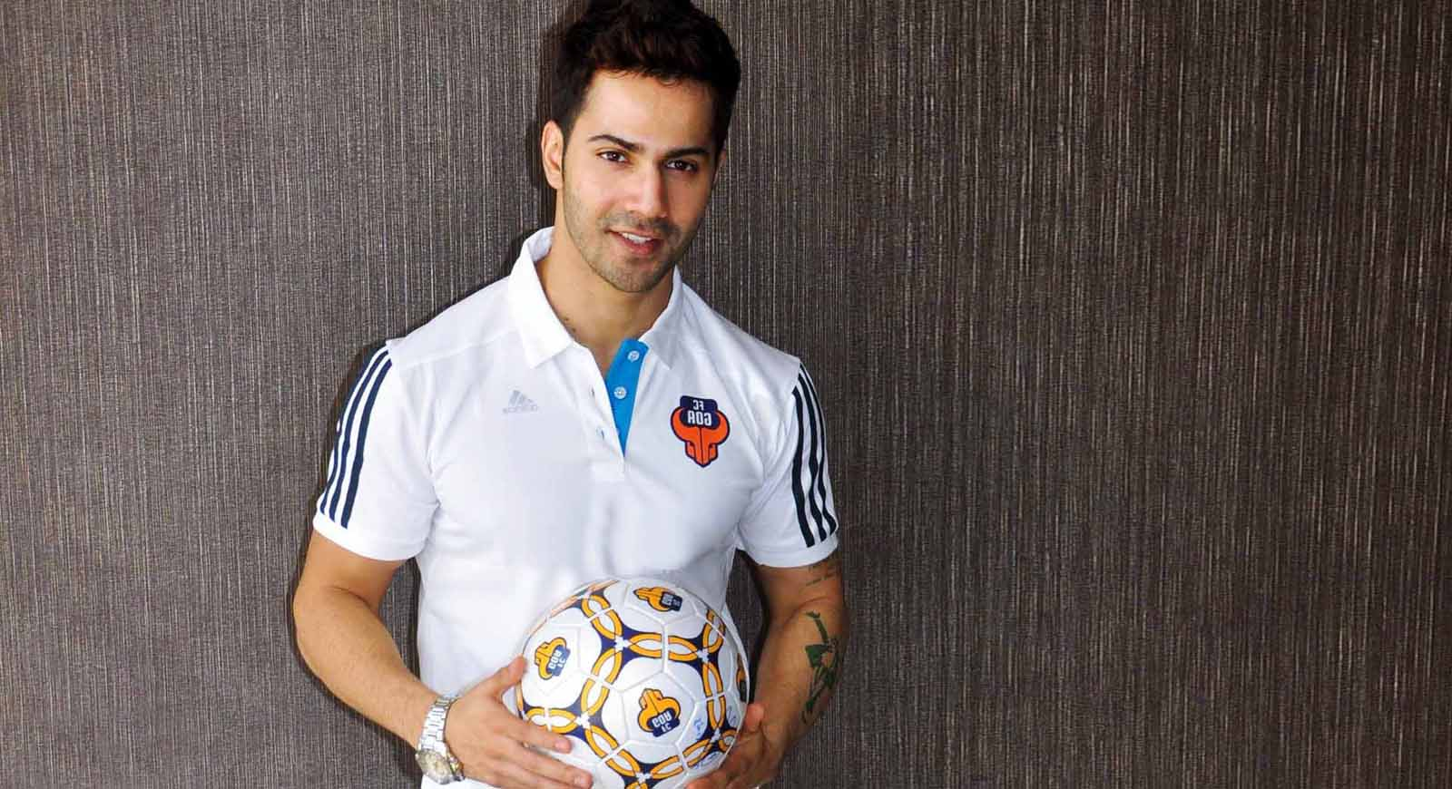 Varun Dhawan Photo Gallery