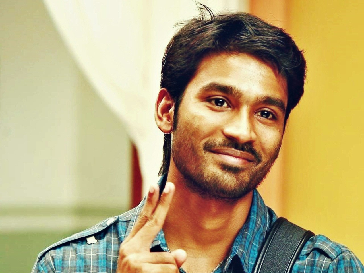 dhanush images photos latest hd wallpapers free download dhanush images photos latest hd
