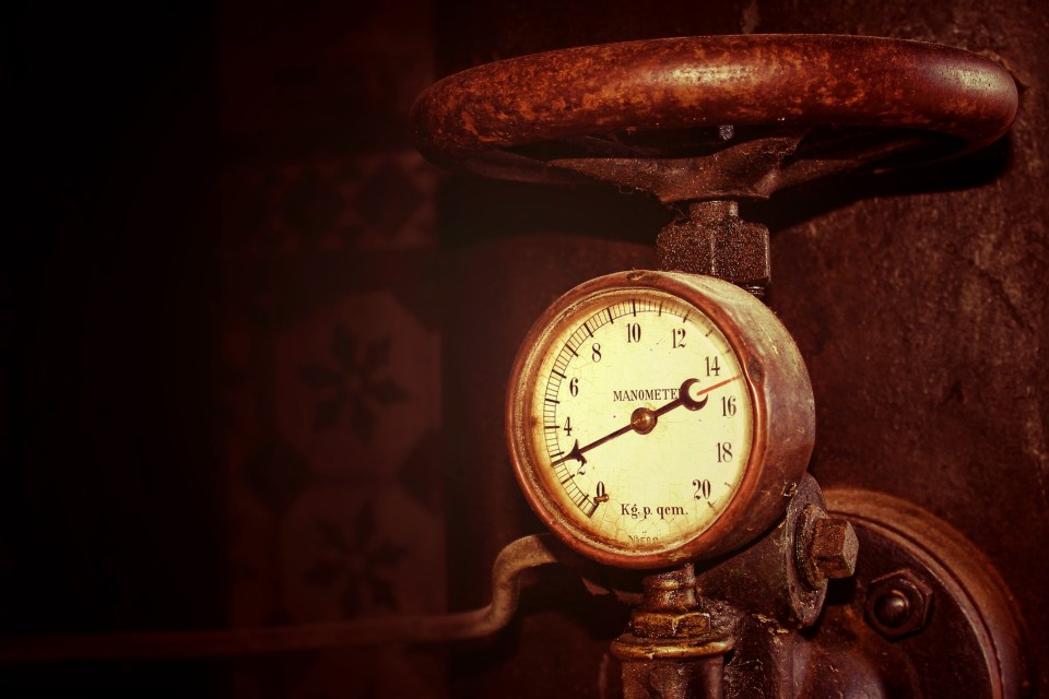 Pressure Gauge via pixabay - no attribution required