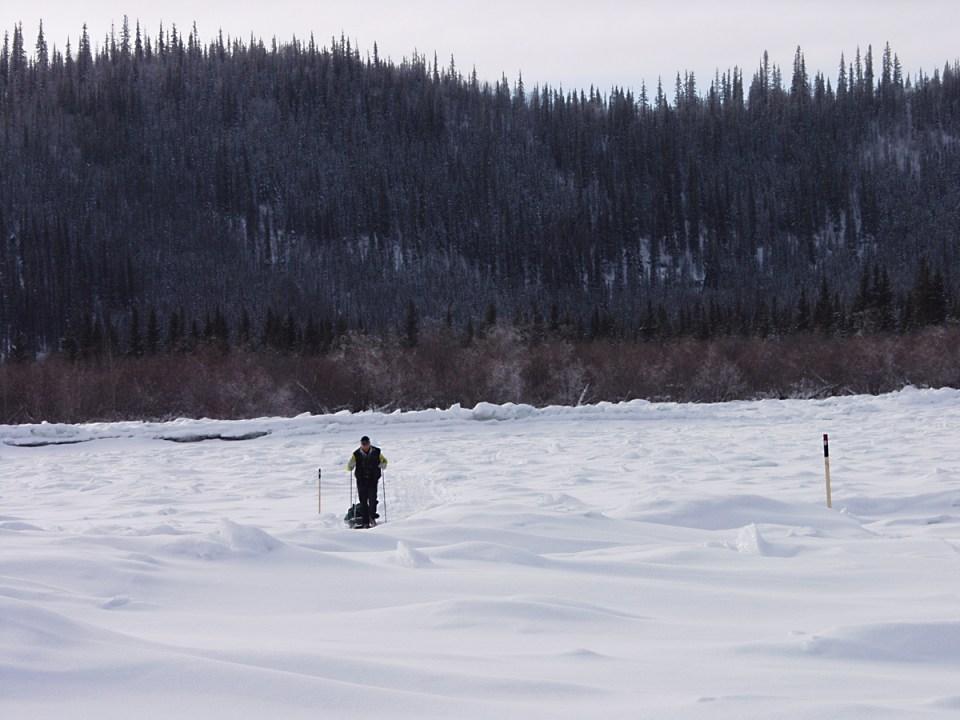 Stefano_Miglietti,_Yukon_Arctic_Ultra,_photo_NikBarte,_Canada_2005