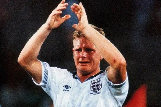 Les larmes de Paul Gascogne après la défaite aux T.A.B. face à l'Allemagne lors du mondial 90.