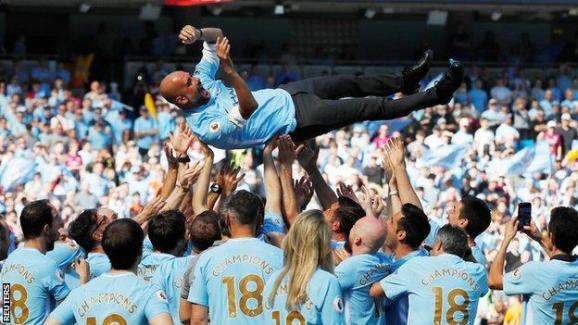 Pep Guardiola, au sommet de l'Angleterre. (Source : premierleague.com)