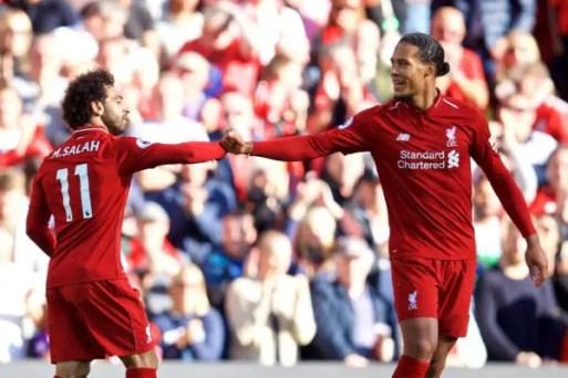 Mo' Salah et Virgil Van Dijk célébrant le seul but des Reds, ce samedi.